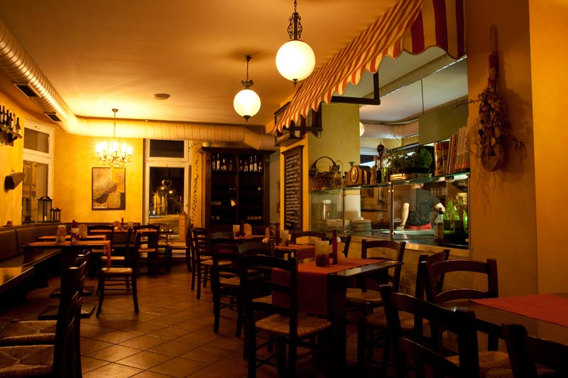 italiener in dresden italienisches restaurant trattoria. Black Bedroom Furniture Sets. Home Design Ideas